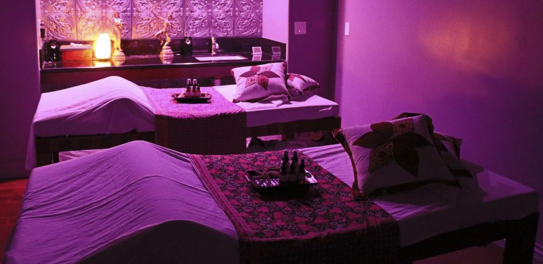 Массаж в бане веником - виды массажа, как делать банный массаж
